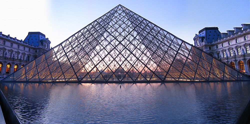 pyramide_louvre01