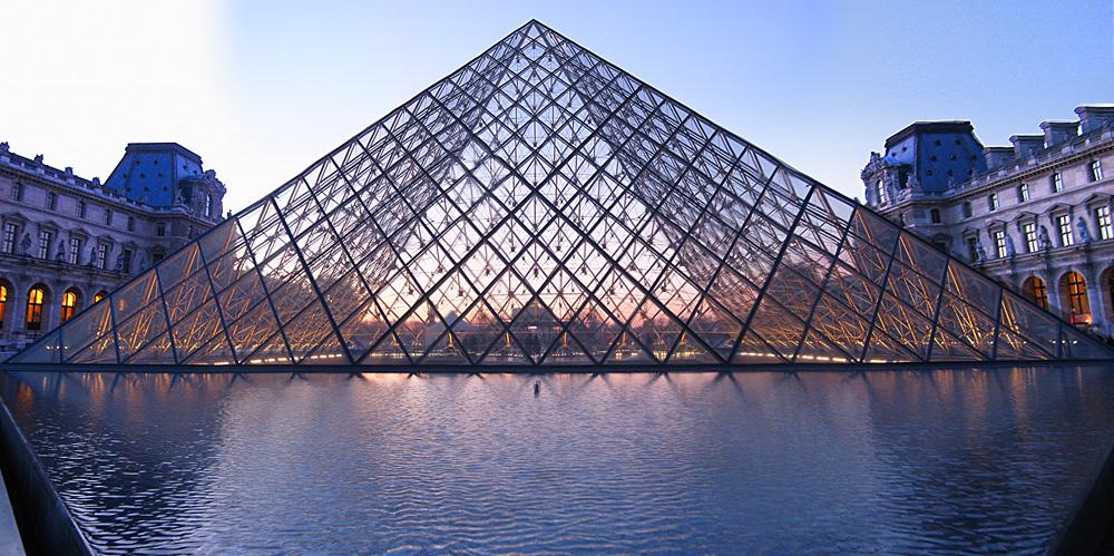 pyramide_louvre01
